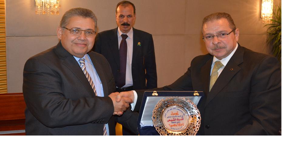 احتفالية كبيرة لتنصيب د.الشيحي رئيسا لجامعة الزقازيق