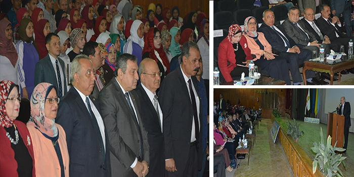 د. عصام شرف يؤكد خلال لقائه بطلاب جامعة الزقازيق مصر دولة لها مخزون حضاري وعند استدعائه ستؤثر فيما حولها.